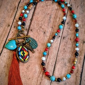 New Handcrafted Beaded Western Necklace
